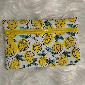 {$6 ADD TO BUNDLE} 🍋Lemon Squeeze Cosmetic Bag 🍋